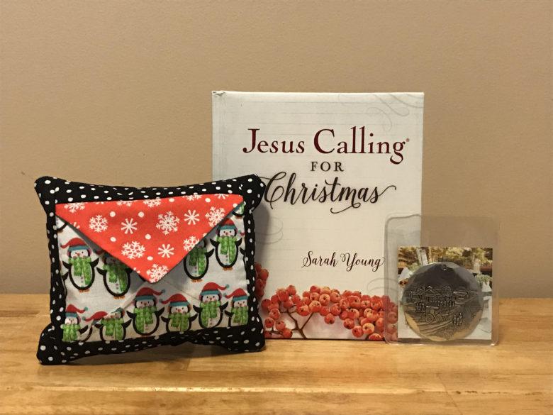 Christmas Pocket Pillow Giveaway
